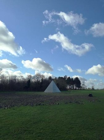 The Gunton Arms: Pyramid
