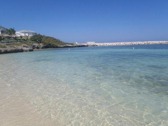 Grand Palladium Jamaica Resort & Spa: Playa del GP