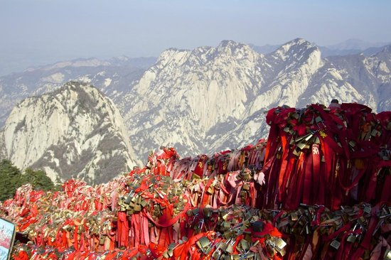 Huayin, Cina: On the way down to the north peak