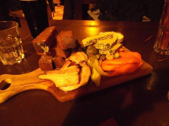 Folkklubs Ala Pagrabs: Beer plate starter for 1 person !
