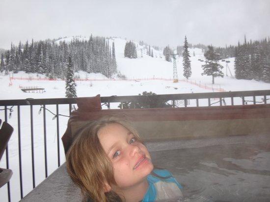Snowbird Lodge: our own hot tub