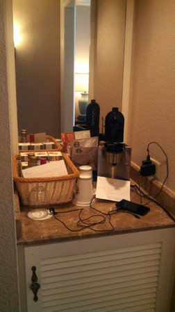 The Westin Riverwalk, San Antonio: Mini-bar