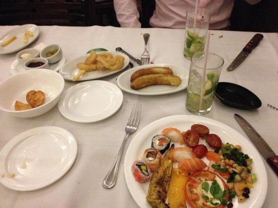Carretao Classic Grill Ipanema: Salad Buffet food and Caipirinhas
