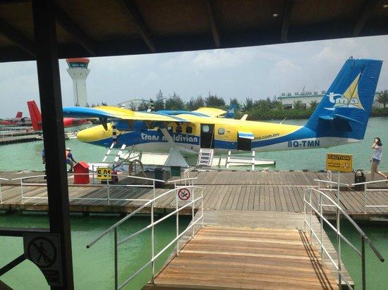 Dusit Thani Maldives: Sea Plane to the Isand