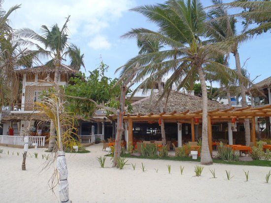 Malapascua Exotic Island Dive & Beach Resort: Resturant & Dive Centre
