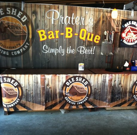 Praters BBQ Manchester: Supports Tennessee brewery