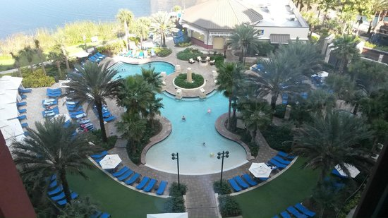 Wyndham Grand Orlando Resort Bonnet Creek: Pool View - Day