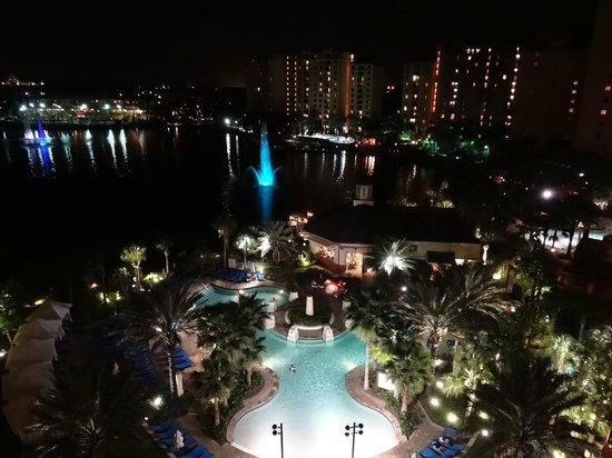 Wyndham Grand Orlando Resort Bonnet Creek: Pool View - Night