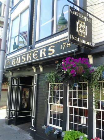 Busker's: Best Stuffies in Newport