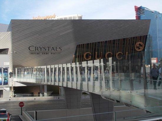 ARIA Resort & Casino: Outside of Aria Resort