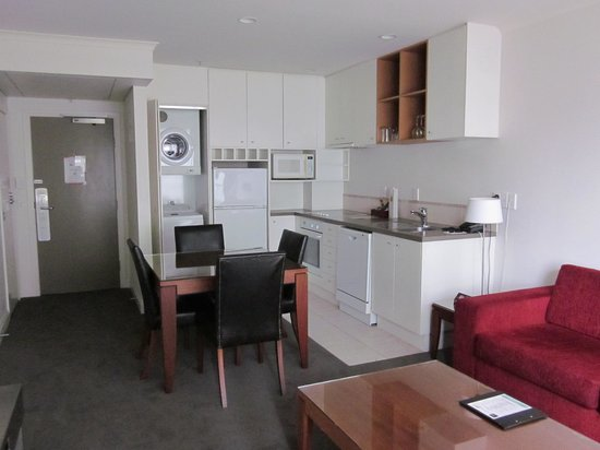 CityLife Auckland : Suite - kitchen area
