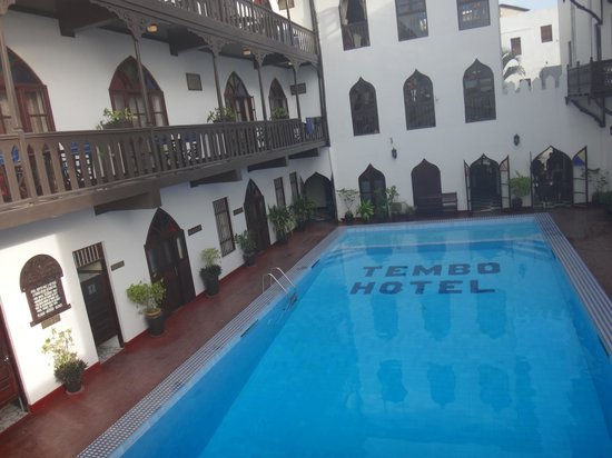 Tembo House  Hotel & Apartments: The pool