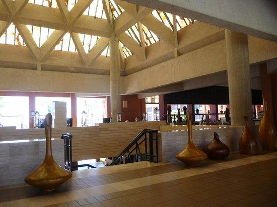 Melia Cabo Real All-Inclusive Beach & Golf Resort: Lobby