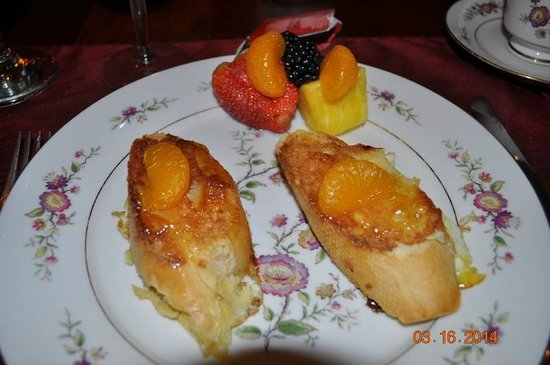 White Birches Inn : Orange Marmelade Fench Toast