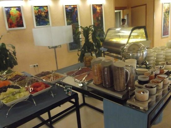 City Seasons Hotel Muscat: Good breakfast choice