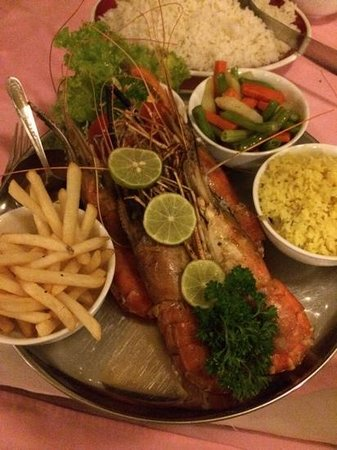 Golden Grill: King Prawns, rice, fries, veg and garlic butter.