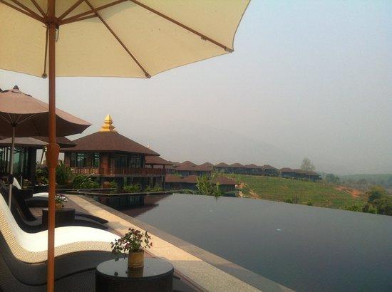 A Star Phulare Valley Resort Chiang Rai : Swimming Pool