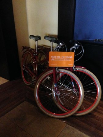 """Kimpton Solamar Hotel : """"Fleet"""" of bicycles for guest use"""