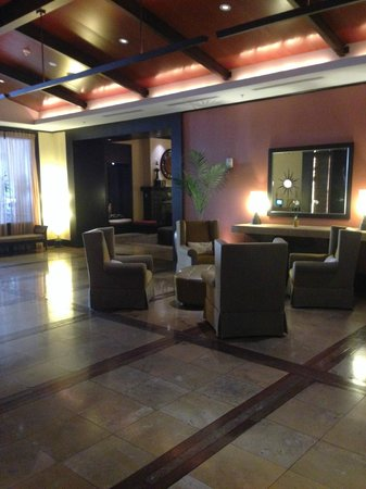 Kimpton Solamar Hotel: Another view of the lobby