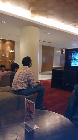 Four Points by Sheraton Jaipur, City Square : Playing video games