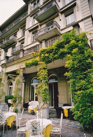 Victoria Jungfrau Grand Hotel & Spa: テラス席でのひと時