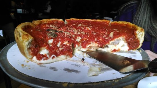 Giordano's : Our Pie.