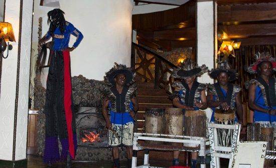 Ngorongoro Serena Safari Lodge: band