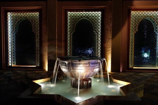 Marrakesh Hua Hin Resort & Spa: the way to beach and restaurant