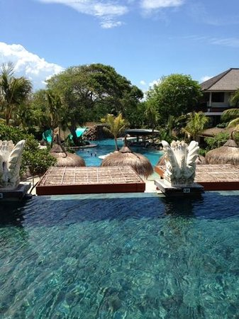 Bali Mandira Beach Resort & Spa: view from 'adult only pool'