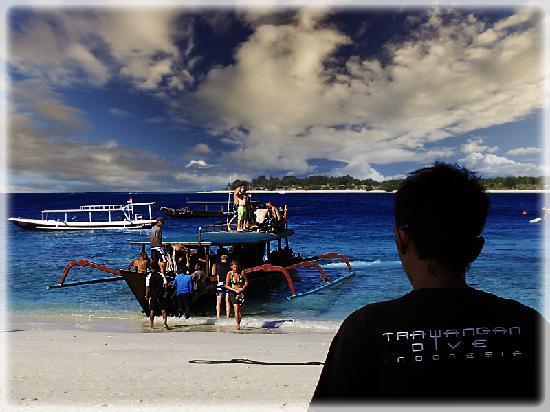 Trawangan Dive Resort : Dive boat