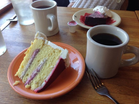 Wildflour: Flour-less cafe and Marie Antoinette cafe