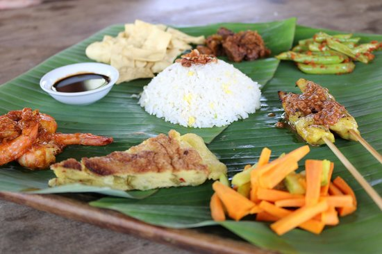 Nam at Bon Ton: Nyonya Platter – a combination of nine dishes from Malay & Chinese cuisine