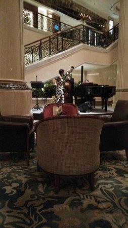 Shangri-La Hotel, Singapore : lounge bar