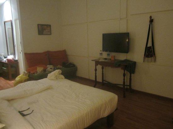 Oasis Hotel: deluxe room