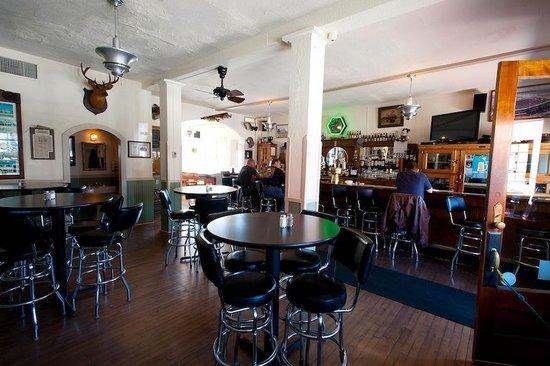 Trempealeau Hotel: The Bar