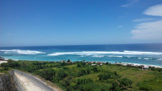 Uno Bali Inn : blue beach