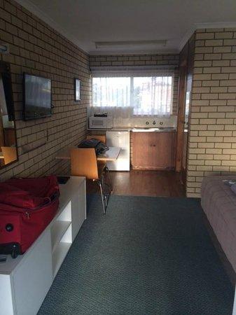Coastal Comfort Motel: Nice sized rooms