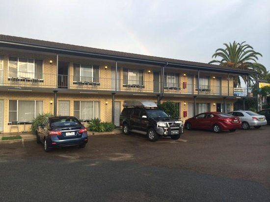 Coastal Comfort Motel: Small but great!