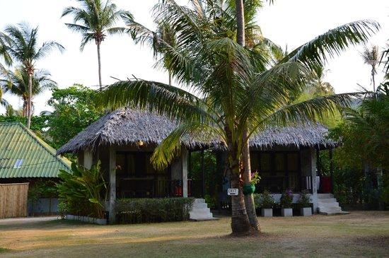Blue Ocean Garden Beach Resort: Bungalows