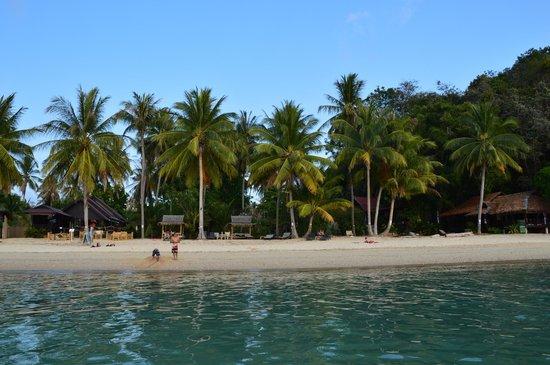 Blue Ocean Garden Beach Resort: Hotelstrand