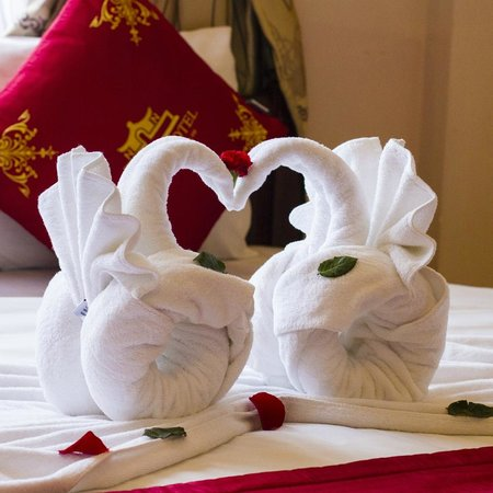 Nhi Nhi Hotel : Welcome to your room