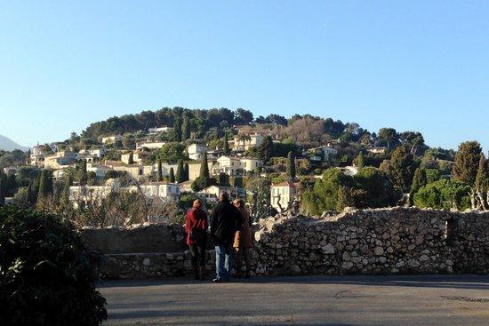 La Vague de Saint Paul : вид на деревню Сан Поль Ванс