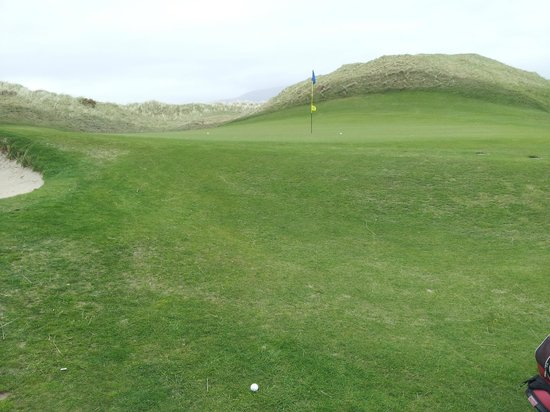Waterville Golf Links: Elevated green