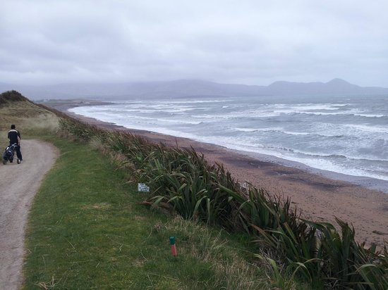 Waterville Golf Links : Walk from 17th to 18th