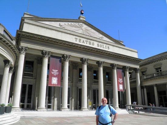 Theatre Solis: Teatro