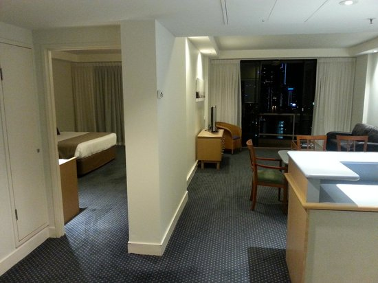 Crowne Plaza Surfers Paradise: The suite from the front door...