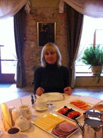 Bille, Łotwa: Завтрак