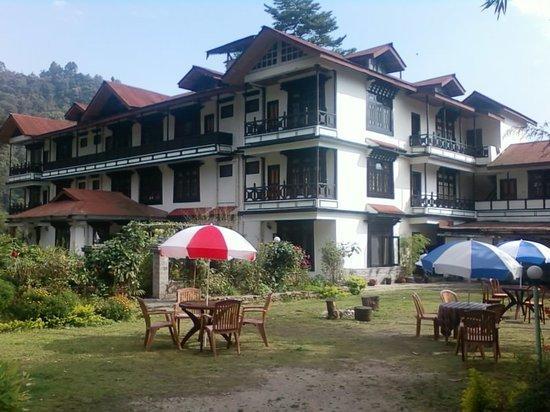 Tashigang Hotel: FRONT VIEW