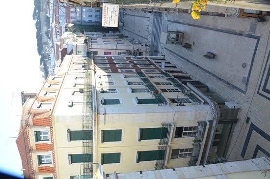 Pensao Aljubarrota: Вид с балкона