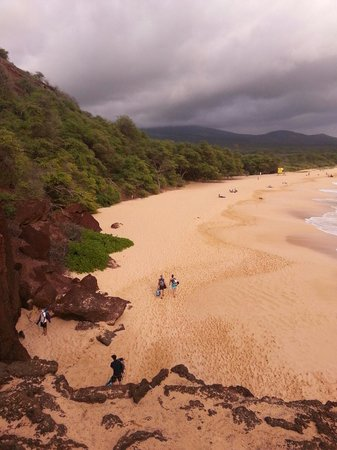 Oneloa Beach : From small beach to big beach.... love love this place
